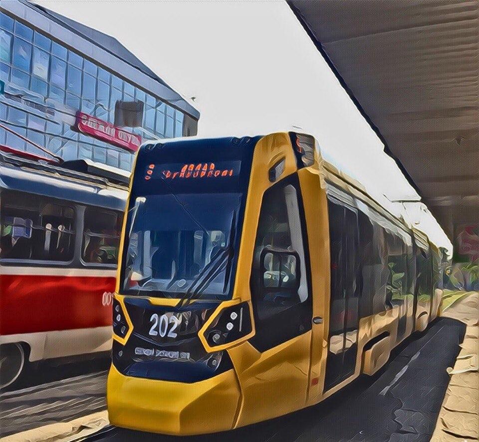 """Побольше бы таких прекрасных трамваев, как """"Метелица"""", в нашем чудесном городе!☺"""